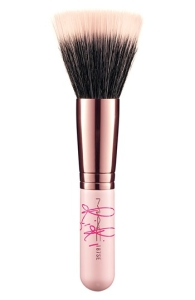 Rihanna for M·A·C 'RiRi Hearts M·A·C' 187 Face Powder/Blush Brush (Limited Edition). Probably sold out for good.