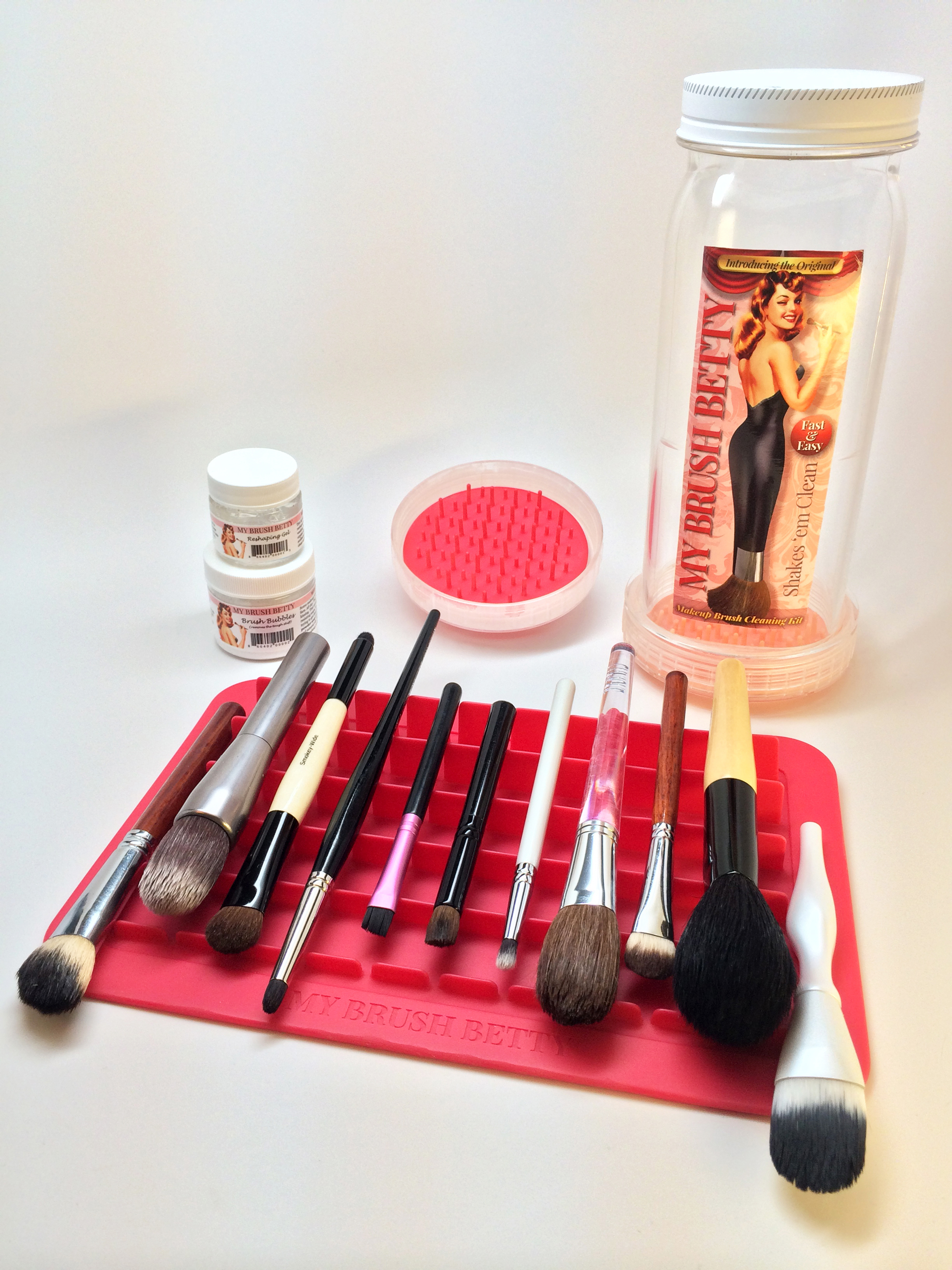 dfd16d12b Photographs of My Brush Betty's Original Cleaning Kit and accessories,  which are available for sharing
