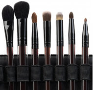 Kevyn 7-brush set