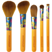 Lovely Looks: A beautiful five piece box set that allows you to create a complete look from start to finish. With its eye catching appearance featuring bright floral ferrules and smaller sized handles, the set makes a perfect gift for any season. The set includes a Foundation Brush, Shadow Brush, Flat Eyeliner Brush, Angled Blush Brush and Powder Brush and comes packaged with instructions on how to create both a day look and evening look. Retails for a MSRP of $14.99.