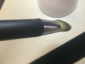 The ferrule was not snug around the handle in Dior brush No. 2 when it arrived. :(