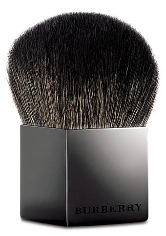 Burberry Beauty Brush. $52.