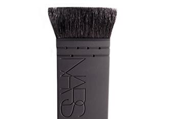 Nars Kabuki Artisan Ita Brush. $39.